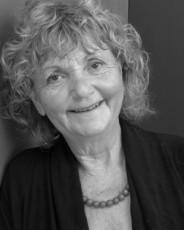 Dr Renate Klein