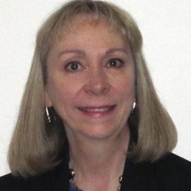 Lyn Stavretis